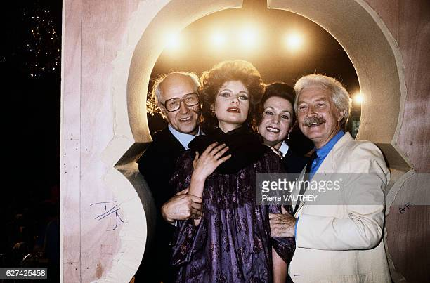French fashion designer JulesFrancois Crahay poses with fashion model Olga Rostropovich and her parents cellist Mstislav Rostropovich and singer...