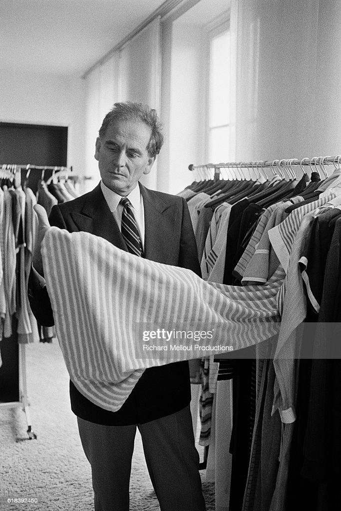 French fashion designer Pierre Cardin : Photo d'actualité