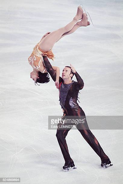 French figure skaters Sarah Abitbol and Stephane Bernadis during the 2000 French Championships