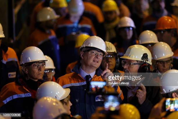 French Finance Minister Bruno Le Maire points as he visits the Ascoval steelworks factory on November 8 2018 in SaintSaulve near Valenciennes France...