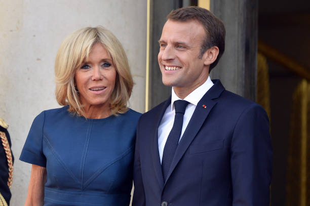 FOOT MASCULIN COUPE DU MONDE 2018 - Page 36 French-first-lady-brigitte-macron-and-french-president-emmanuel-as-picture-id1000317986?k=6&m=1000317986&s=612x612&w=0&h=v2j8vzFzIhEK7dk978030q8UvneRs3-pqCLS9M_n8TQ=