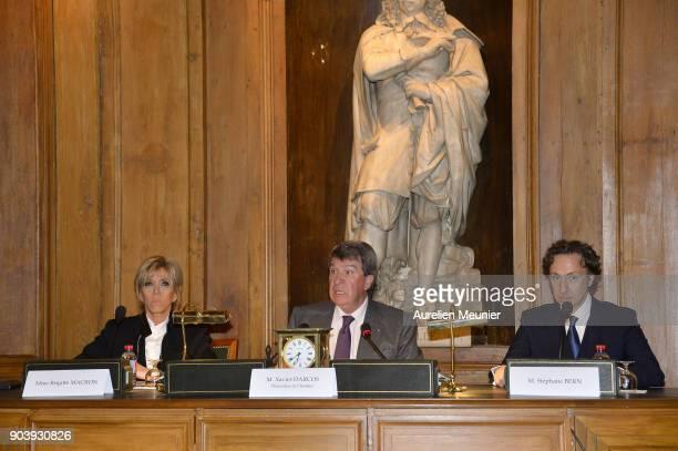 French First Lady Brigitte Macron Xavier Darcos and Stephane Bern attends the Prix Histoire et Prix Patrimoine 2017 de La Fondation Stephane Bern at...