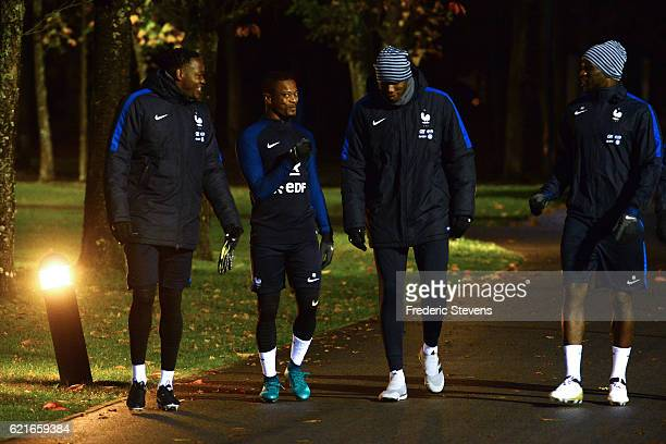French Football Team Steve Mandanda Patrice Evra Paul Pogba Moussa Sissoko arrive for the training session on November 7 2016 in Clairefontaine...