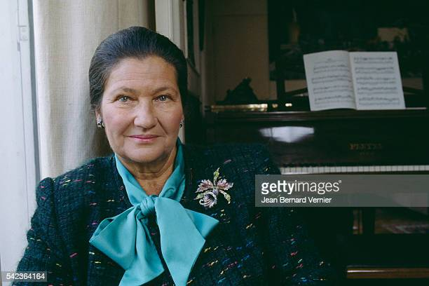 French former Minister of Health President of the European Parliament and survivor of the AuschwitzBirkenau concentration camp Simone Veil at home