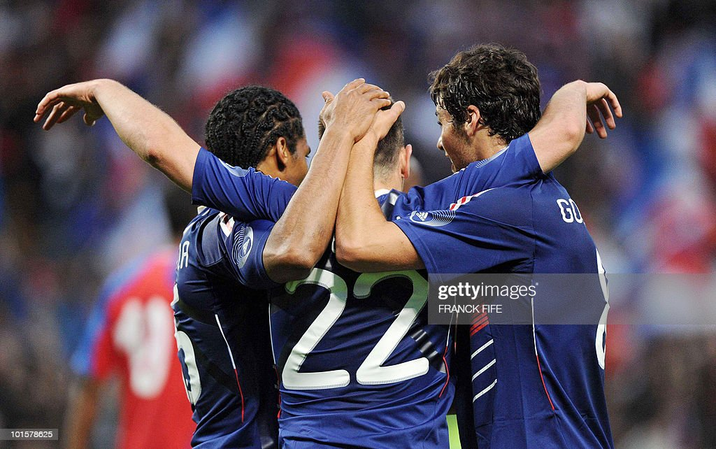 French forward Franck Ribery (C) is congratuled by his teammates after scoring a goal during the friendly football match France vs. Costa-Rica at the Bollaert Stadium in Lens on May 26, 2010, ahead of the upcoming WC2010 in South Africa.