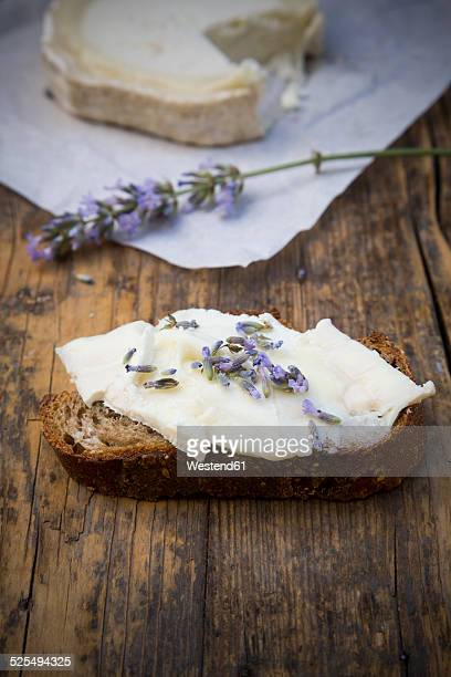 French goat cheese, Potatoe walnut baguette and lavender