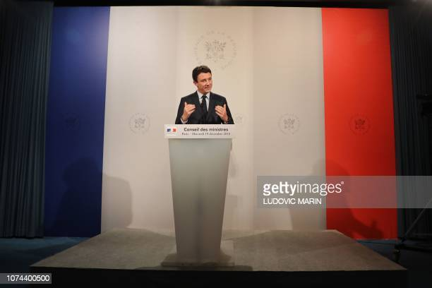 French Government's spokesperson Benjamin Griveaux gives a press conference after attending a weekly cabinet meeting at the Elysee Presidential...