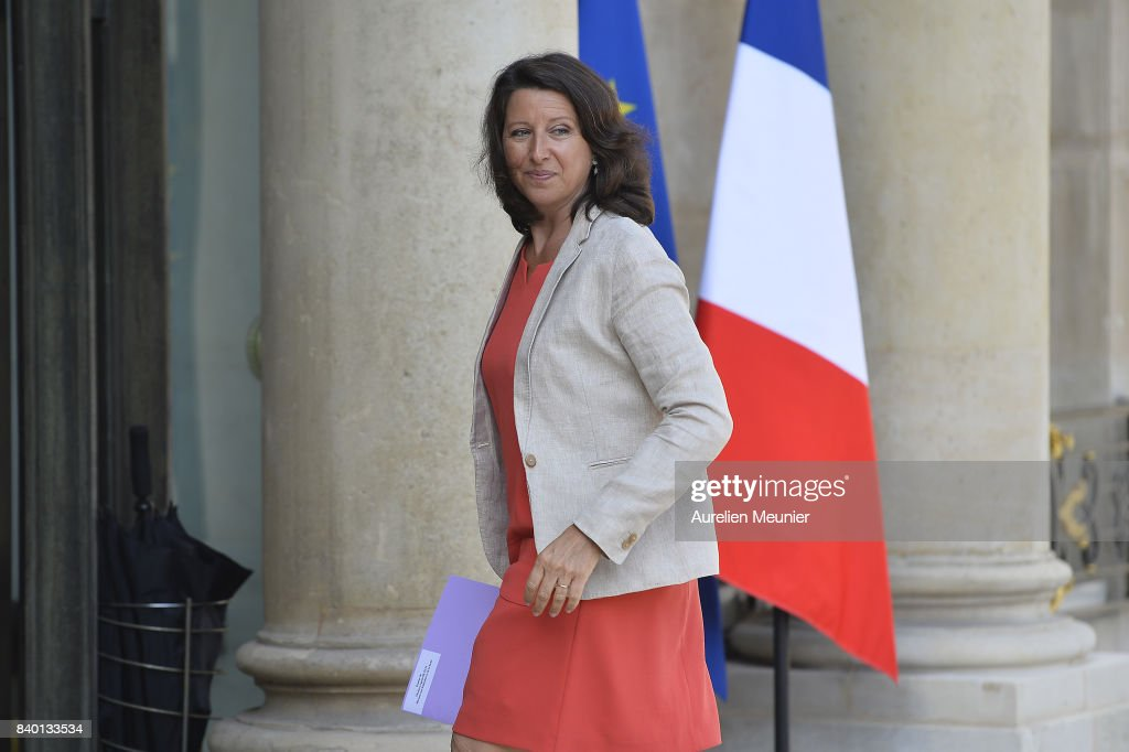 Cabinet Meeting At Elysee Palace In Paris : News Photo