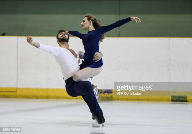 French ice dancers Gabriella Papadakis and Guillaume Cizeron train on September 26 2017 in Lyon southeastern France ahead of the PyeongChang 2018...