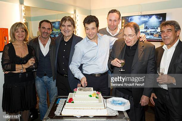 PARIS FRANCE DECEMBER 29 French impersonator Laurent Gerra who turned 45 on December 29 poses with his mother Nicole Bruno Solo Serge Lama Laurent...