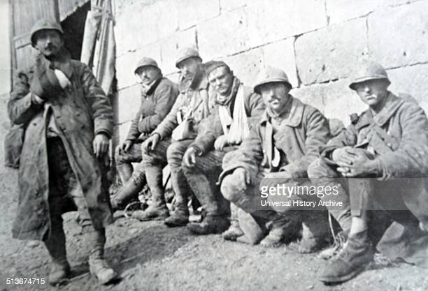 French infantry rest during in a battle World War One