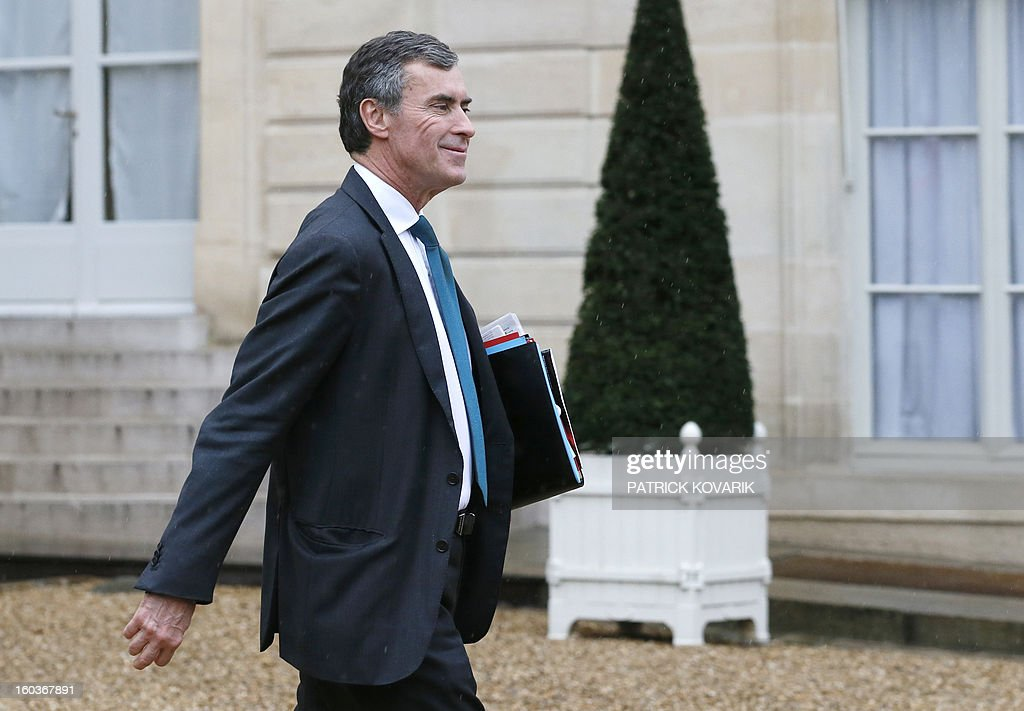 French Junior Minister for Budget, Jerome Cahuzac, leaves the Elysee presidential Palace after the weekly cabinet meeting on January 30, 2013 in Paris.