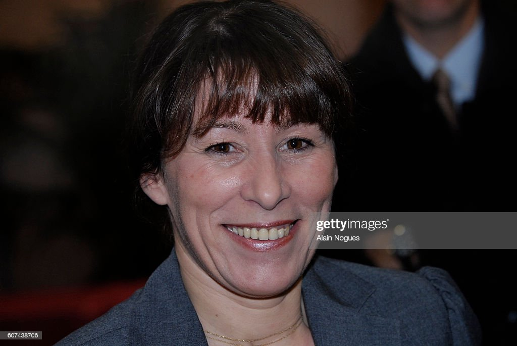 France - Politics - French Junior Minister for Housing and Urban Affairs Fadela Amara : ニュース写真