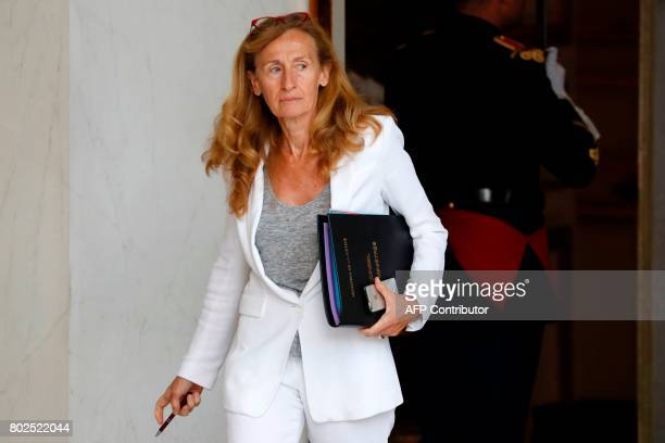 French Justice Minister Nicole Belloubet leaves the Elysee Palace after the weekly cabinet meeting on June 28 2017 in Paris / AFP PHOTO / Patrick...