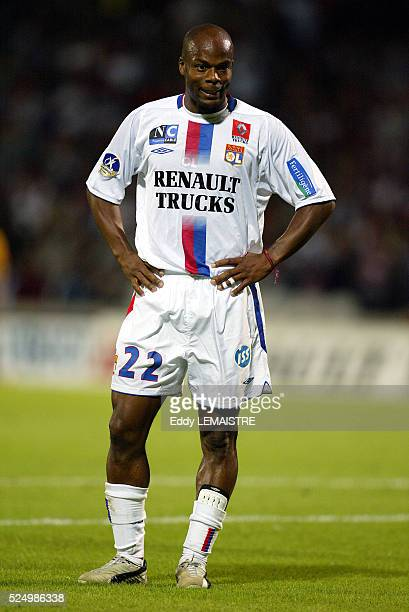 French L1 Championship Soccer season 20042005 Lyon vs Bastia Sylvain Wiltord