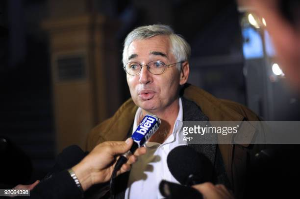 French Laurent de Caunes lawyer of Andre Bamberski father of Kalinka Bamberski who died mysteriously in 1982 answers to journalists on October 20...
