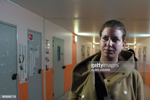 French leftist 'La France Insoumise' party MP Mathilde Panot visits the prison of Meaux near Paris on December 15 2017 / AFP PHOTO / ALAIN JOCARD