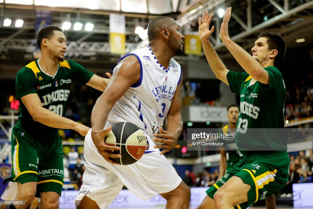 BASKET-FRA-LEVALLOIS-LIMOGES : News Photo