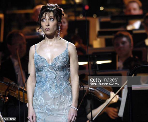 French lyric singer Natalie Dessay performs during the 14th Victoires de la Musique classique awards ceremony 28 February 2007 in Paris' Salle Pleyel...