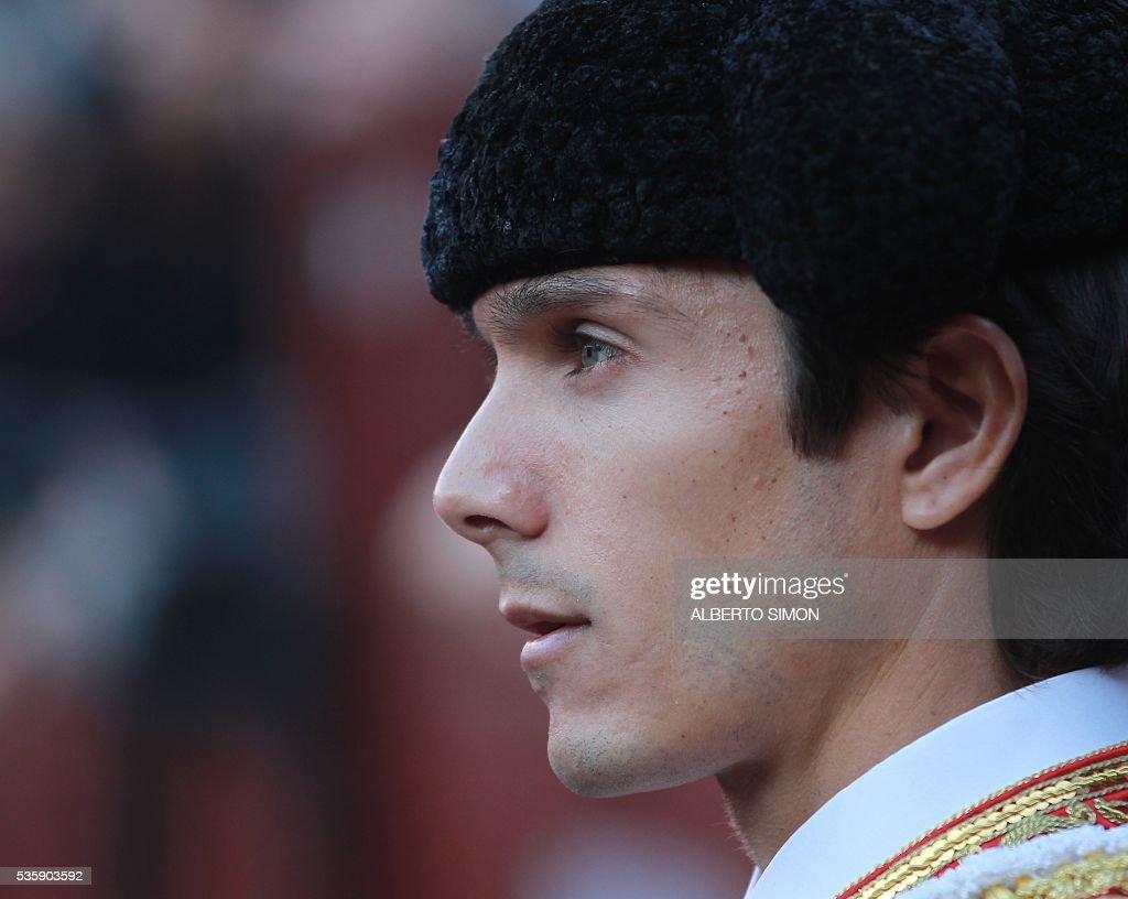 French matador Sebastian Castella looks on during the San Isidro bullfight festival at Las Ventas bullring in Madrid on May 30, 2016. / AFP / ALBERTO