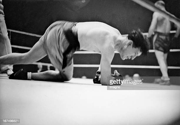French middleweight boxer Marcel Thil beats his English opponent Jack MacAvoy on points Palais des Sports / Paris 14th January 1935 Photograph Der...