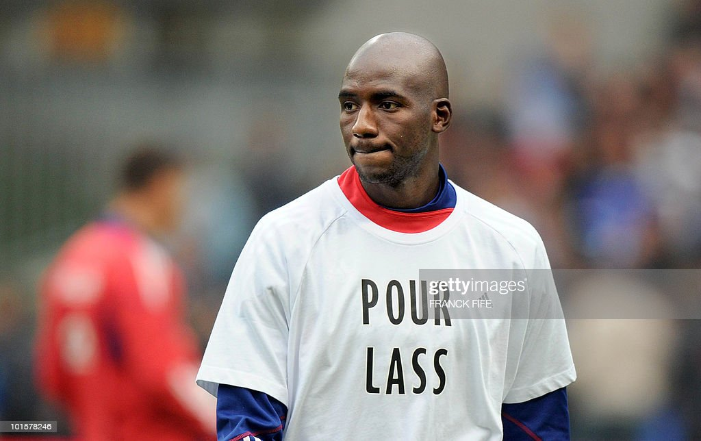 French midfielder Alou Diarra is pictured prior to the friendly football match France vs. Costa-Rica at the Bollaert Stadium in Lens on May 26, 2010, ahead of the upcoming WC2010 in South Africa.