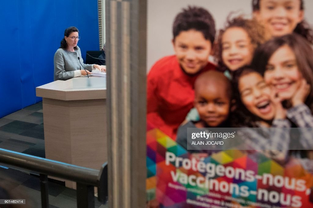FRANCE-HEALTH-VACCINES-CHILDREN : News Photo