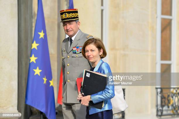 French Minister of Defence Florence Parly and French Army General Pierre De Villiers arrive to the Elysee Palace for the weekly cabinet meeting with...