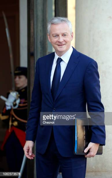 French minister of Economy Bruno Le Maire arrives for a weekly cabinet meeting at the Elysee Presidential Palace on October 17 2018 in Paris France...