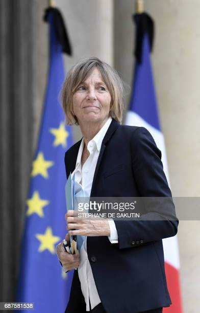 French Minister of European Affairs Marielle de Sarnez arrives to attend the weekly cabinet meeting on May 24 2017 at the Elysee Palace in Paris /...
