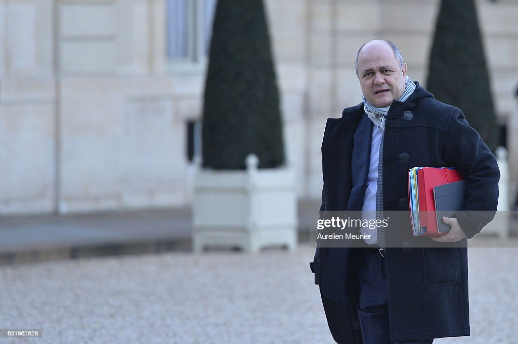 French President Francois Hollande Organizes A meeting On Cold Hit In France At Elysee Palace In Paris