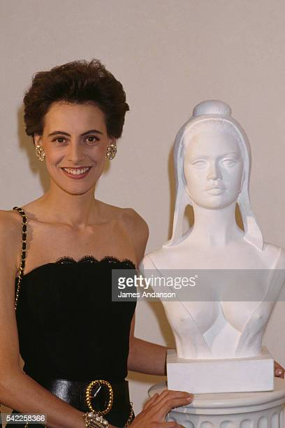 French model Ines de La Fressange next to the 1969 Brigitte Bardot 'Marianne' of the sculptor Alain Gourdon 'Marianne' is the name of the bust and...