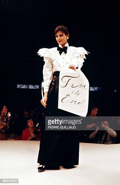 French model Ines de la Fressange presents a creation by German designer Karl Lagerfeld for Chanel during the autumnwinter 1984/1985 readytowear...