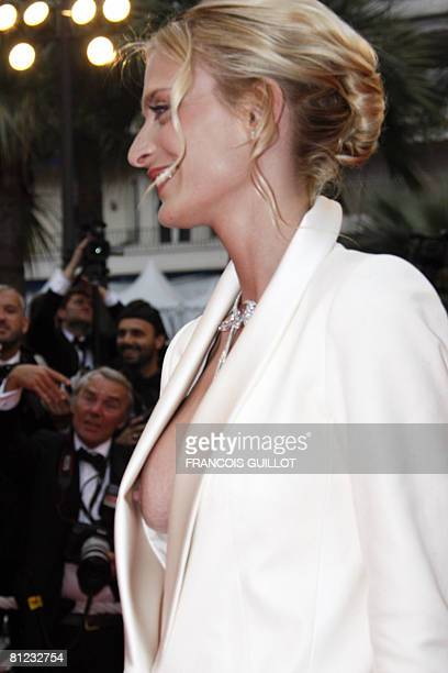 French model Sarah Marshall poses as she arrives to attend the screening of German director Wim Wenders' film 'The Palermo Shooting' at the 61st...