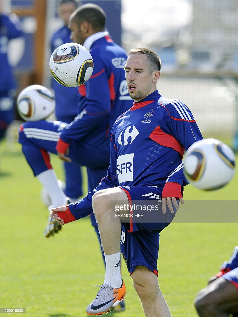 French national football team's forward Franck Ribery controls the ball during a training session, on May 20, 2010 in Tignes, French Alps, as part of their altitude training in preparation for the 2010 World cup in South Africa. France will play Uruguay in Capetown in its group A opener match on June 11.