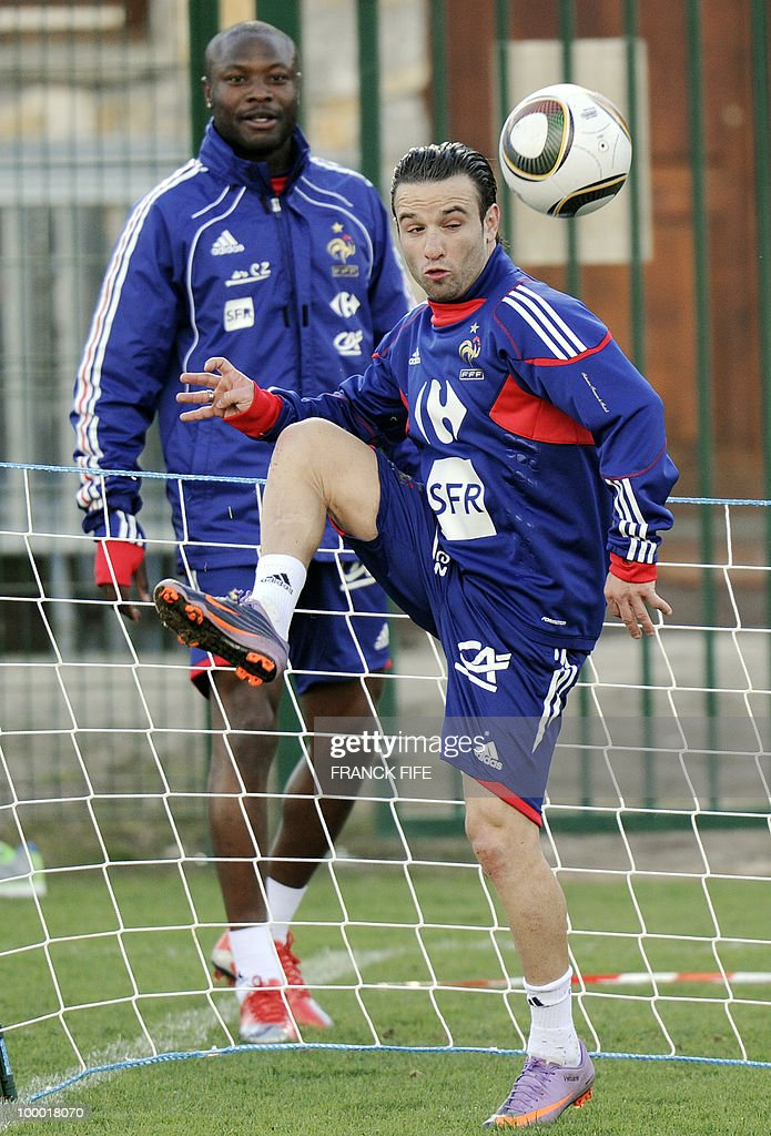 French national football team's forward Mathieu Valbuena controls the ball during a training session, on May 20, 2010 in Tignes, French Alps, as part of the altitude training in preparation for the 2010 World cup in South Africa. France will play Uruguay in Capetown in its group A opener match on June 11.