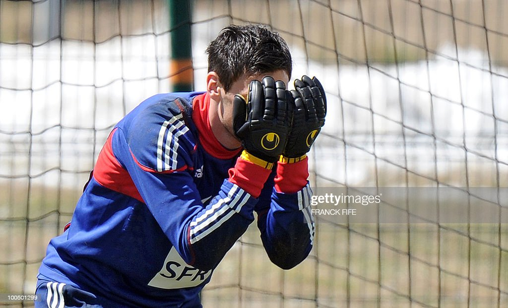French national football team's goalkeeper Hugo Lloris tests his reflexes during training session, on May 25, 2010, near Tignes in the French Alps, as part of the preparation for the upcoming World Cup 2010. France will play against Uruguay in Capetown in its group A opener match on June 11.