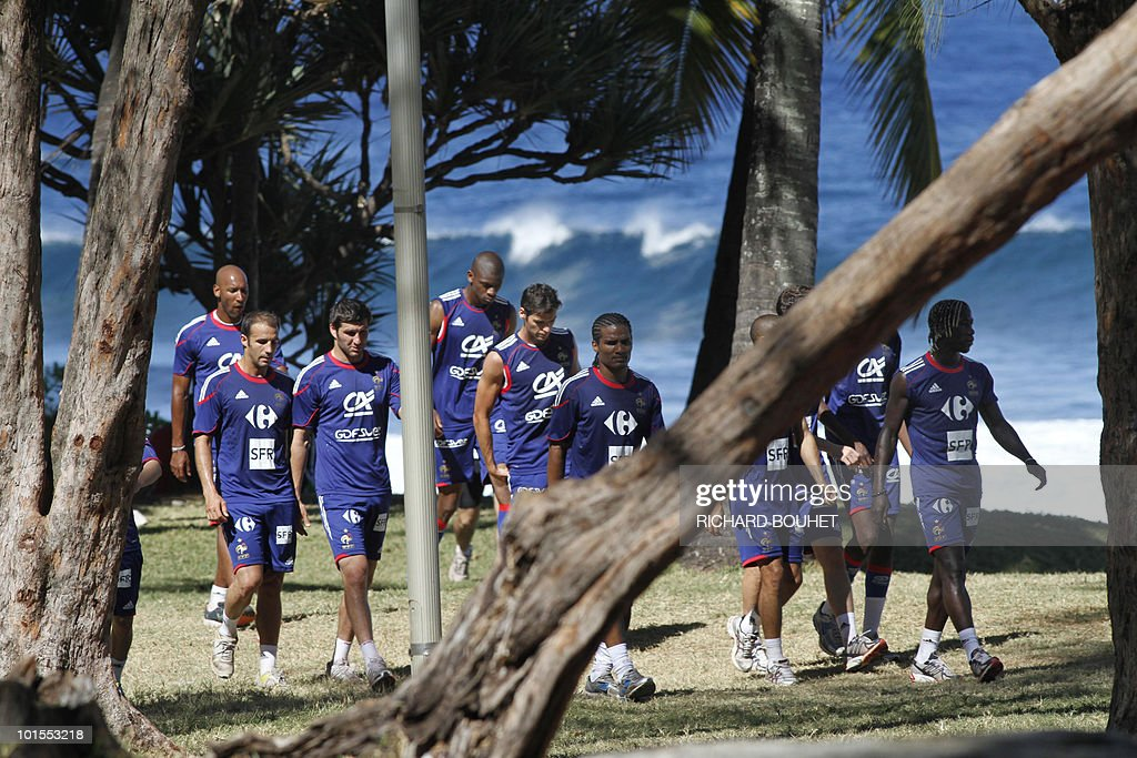 French national football team's players warm up during a training session on June 2, 2010 in Petite Ile, a locality of the south of the French Indian Ocean island of La Reunion. The French team will play China, on June 4, the last of its three preparation matches, in Saint-Denis de la Reunion, ahead of the Fifa World Cup 2010 hosted by South Africa.