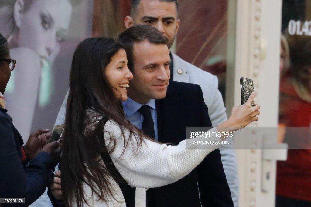 TOPSHOT-FRANCE2017-VOTE-MACRON : News Photo