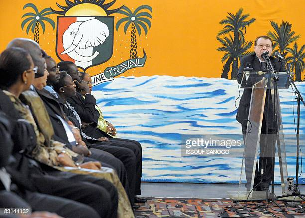 French Nobel Medicine Prize winner Luc Montagnier gives a speech during an international conference on October 6, 2008 in Abidjan. Montagnier...