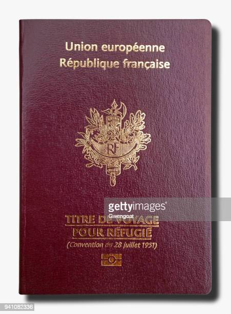 French passport for refugees