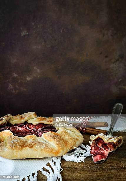 french pastry - plum galette - aniko hobel stock pictures, royalty-free photos & images
