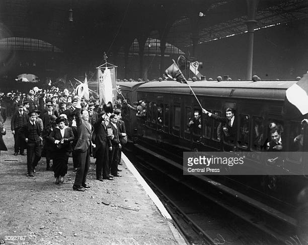French people leaving Victoria Station in London on the boat train to Paris at the start of World War I