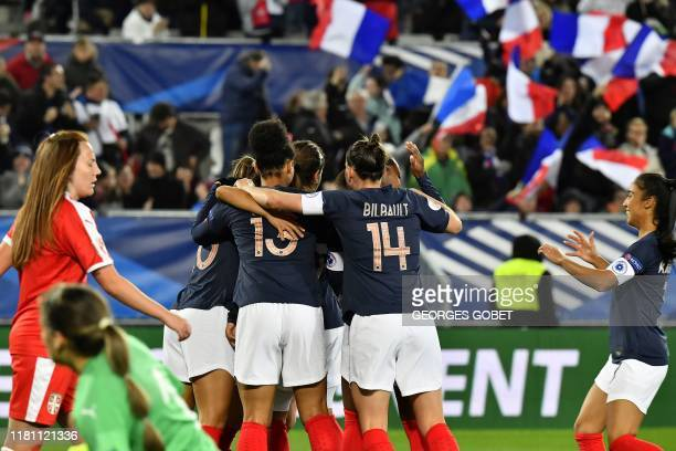 French players celebrate after scoring during the UEFA women's Euro 2021 qualifying match between France and Serbia on November 9, 2019 at the Matmut...