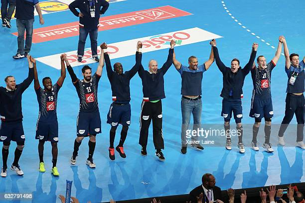 French players celebrate the victory during the 25th IHF Men's World Championship 2017 Semi Final match between France and Slovenia at Accorhotels...
