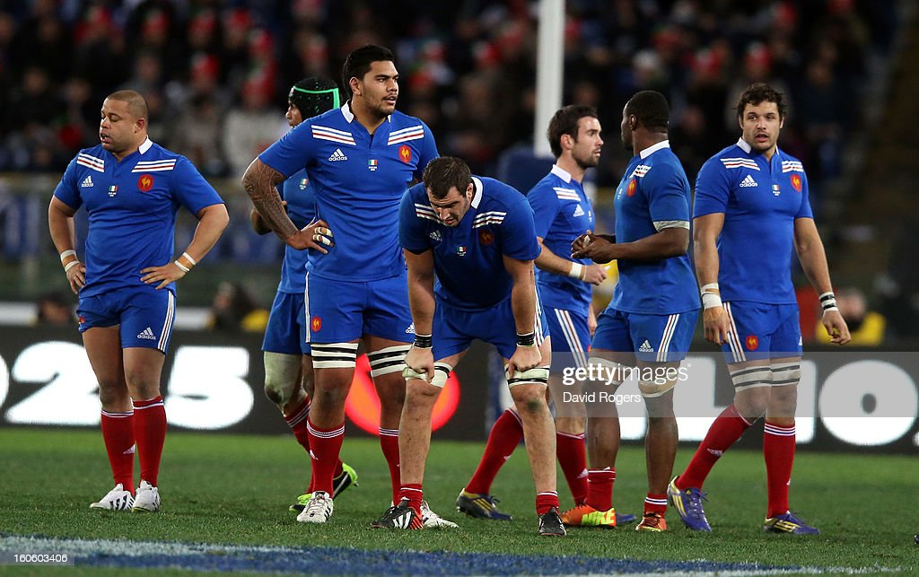 French players look dejected during the defeat during the RBS Six Nations match between Italy and France at Stadio Olimpico on February 3, 2013 in Rome, Italy.