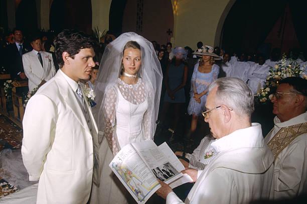 Marc lavoine and sarah poniatowski 39 s wedding pictures for Where to take wedding photos