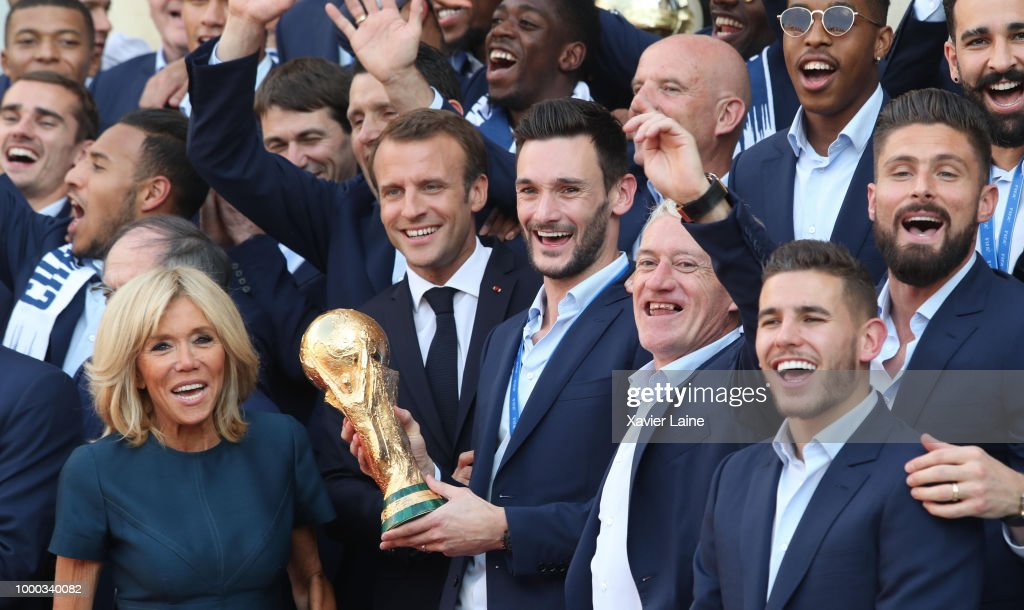 French President Emmanuel Macron Receives The France Football Team at Elysee Palace : News Photo