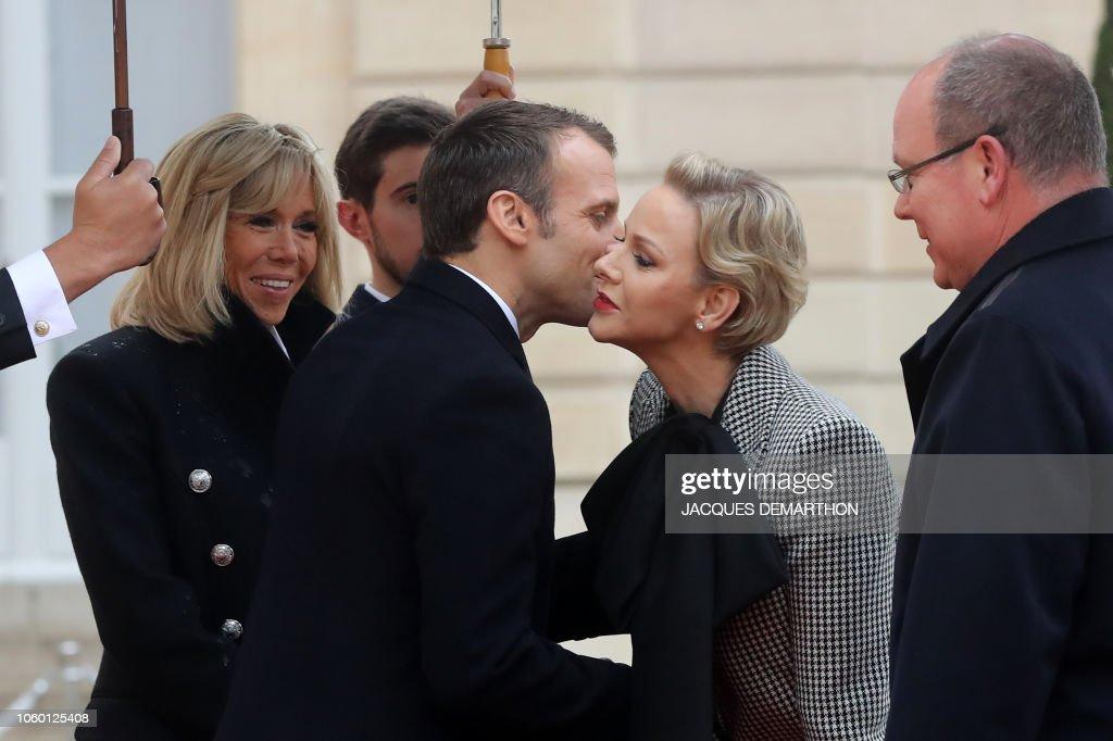 CASA PRINCIPESCA DE MÓNACO - Página 76 French-president-emmanuel-macron-and-his-wife-brigitte-macron-welcome-picture-id1060125408