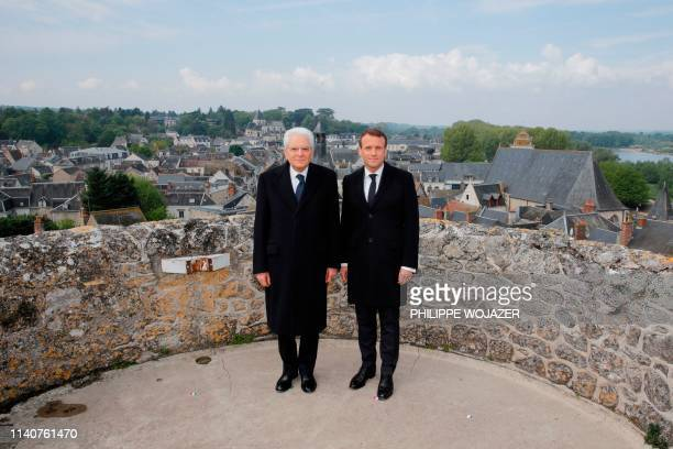 French President Emmanuel Macron and Italian President Sergio Mattarella pose for a picture during a visit of the Chateau d'Amboise to commemorate...